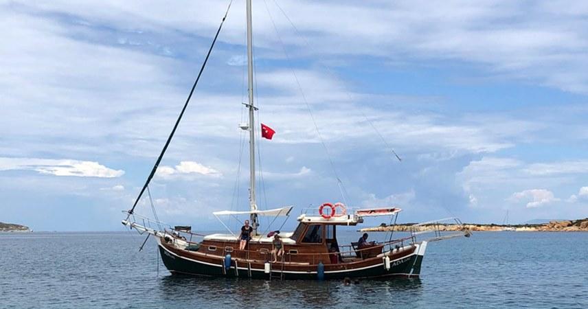 Foça Tekne Kiralama