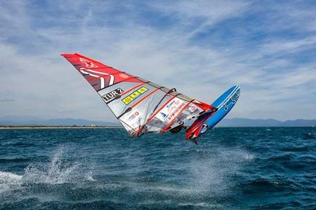Çeşme Rüzgar Sörfü